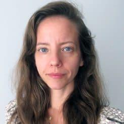 ליהי לואיס – מנהלת מקצועית